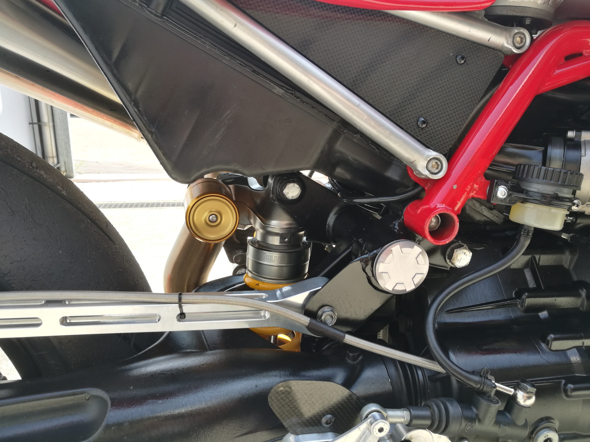 GC Corse, il Kit Varano per la Moto Guzzi - Motociclismo